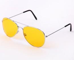 Очила за шофиране